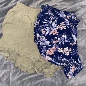 bundle of 2 american eagle comfy shorts w/pockets